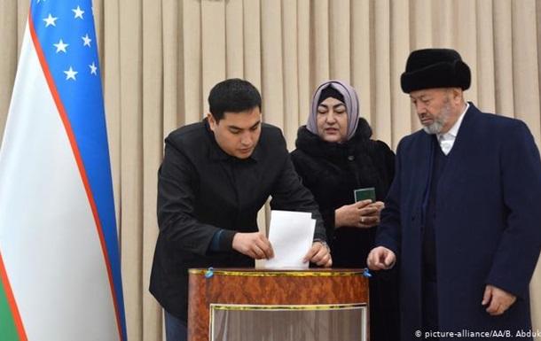 В Узбекистані тривають парламентські та місцеві вибори