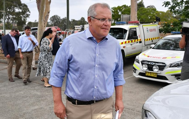 Пожежі в Австралії: прем єр вибачився за відсутність у країні