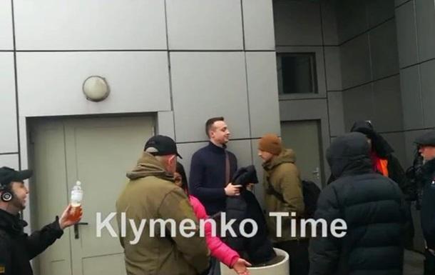 Під судом у справі Шеремета напали на журналістів
