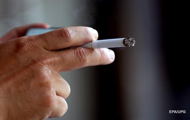 МОЗ оголосило боротьбу сигаретам і вейпам