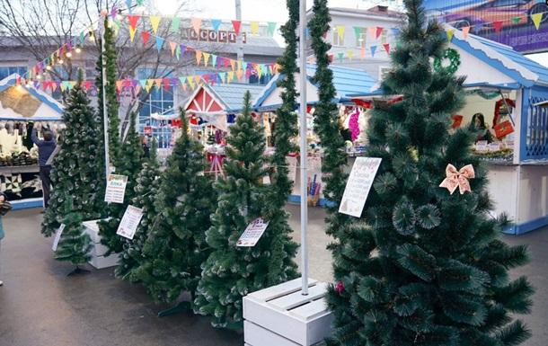В Симферополе продают украинские елки − СМИ