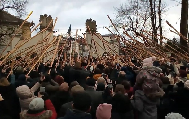 В Украине установили рекорд по игре на трембите