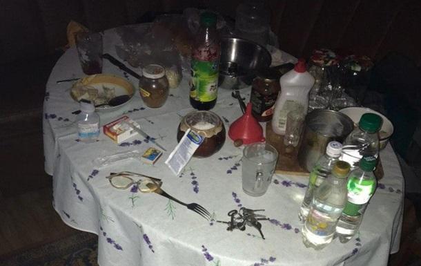 На Київщині двоє чоловіків отруїлися сурогатним алкоголем