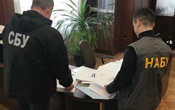 Адміністрацію морських портів України обшукують