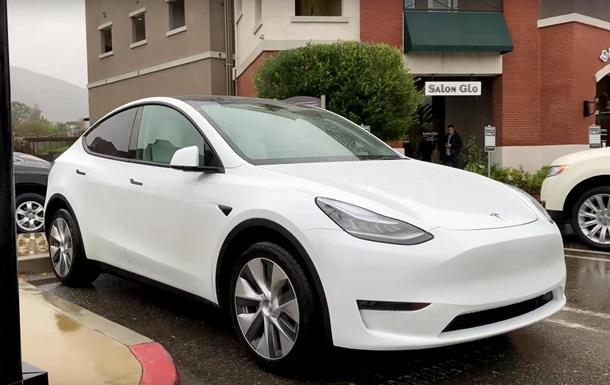 Tesla Model Y с двумя моторами показали на видео