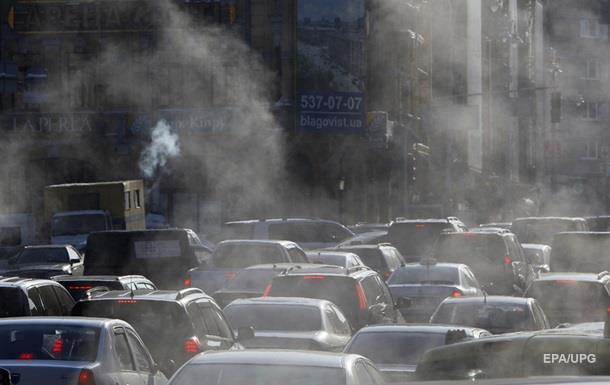 Киев парализовали пробки: 30 ДТП