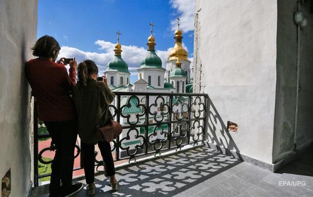 Іноземці збільшили витрати в Україні