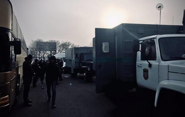 ЛДНР  привезли украинцев на место обмена