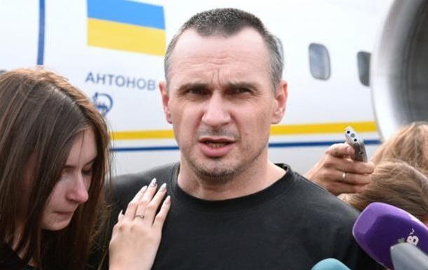 Сенцов про обмін: Те, за що боролися українці, йде прахом