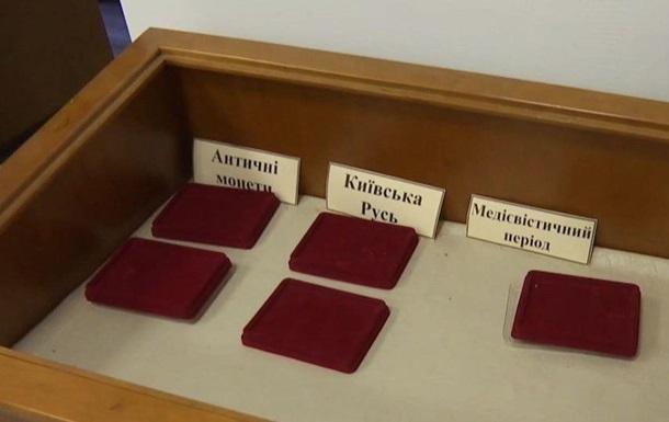 У Новоград-Волинському злодії обікрали музей