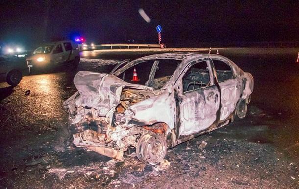 ДТП під Києвом: один автомобіль згорів