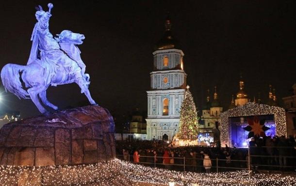 Новый год в центре Киева встретили 100 тыс человек
