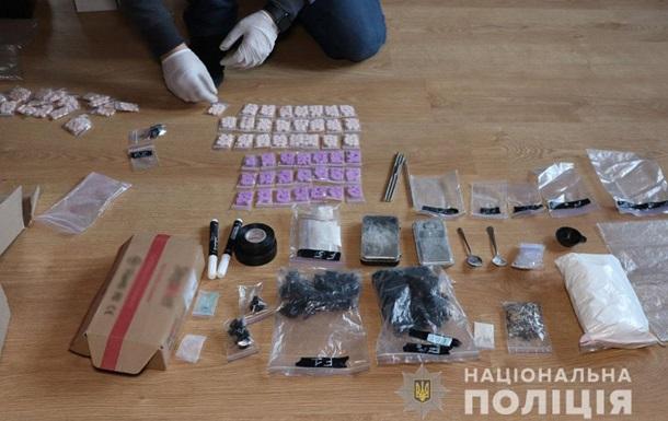 У Маріуполі ліквідували канал збуту наркотиків через Telegram