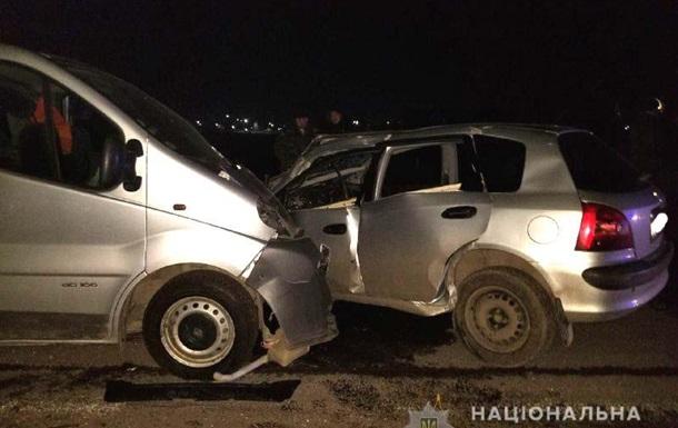 Под Ровно в лобовом столкновении погибли два водителя