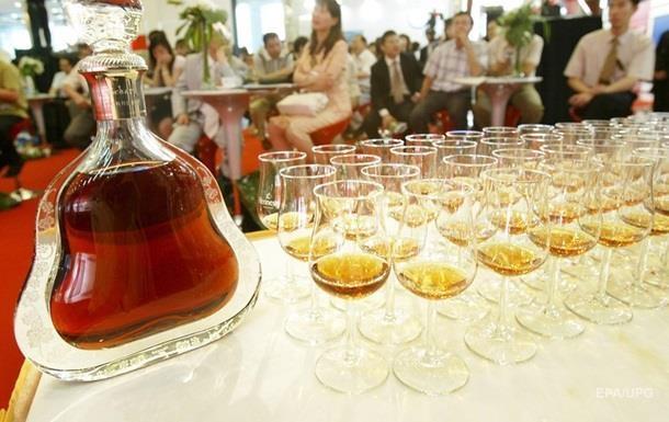 Україна продовжить виробляти коньяк і шампанське
