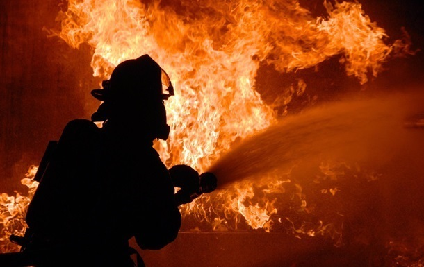 В пожаре под Киевом погибли три человека