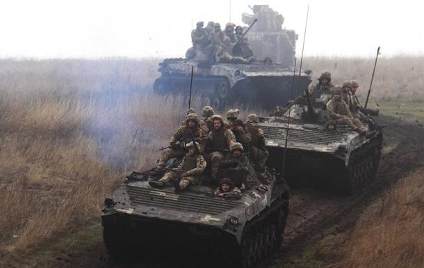 У зоні ООС підірвалася вантажівка з військовими
