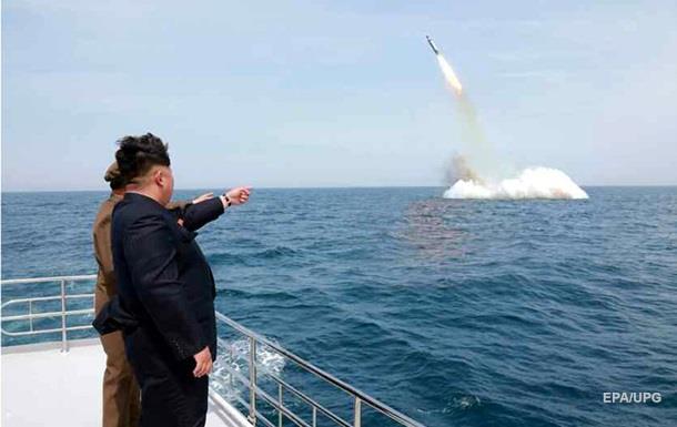 В КНДР обнаружили подлодку, с которой могут быть запущены ракеты