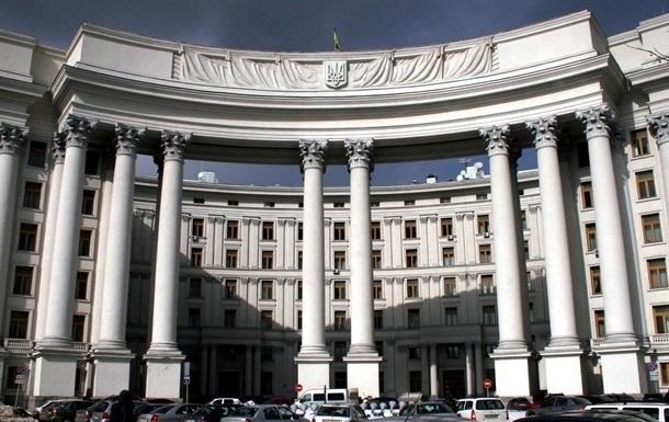Сотня украинцев остаеся в российских тюрьмах - МИД