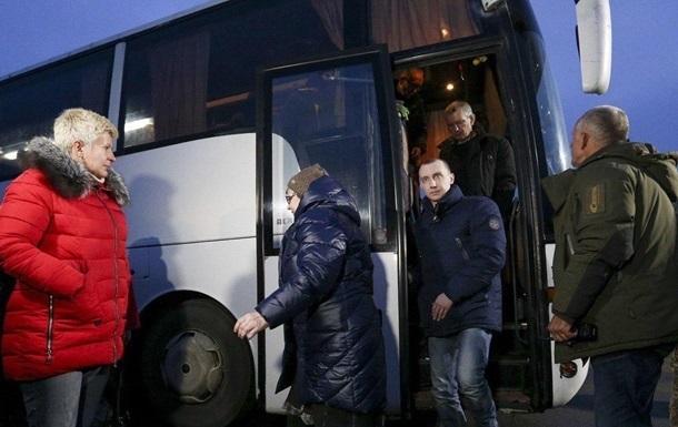 Освобожденным украинцам оказывают помощь