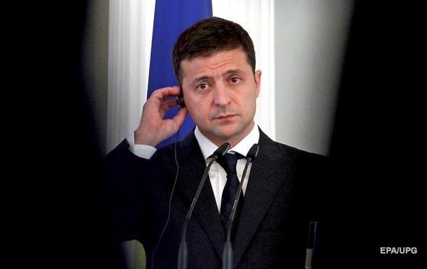 Зеленский провел телефонный разговор с Помпео