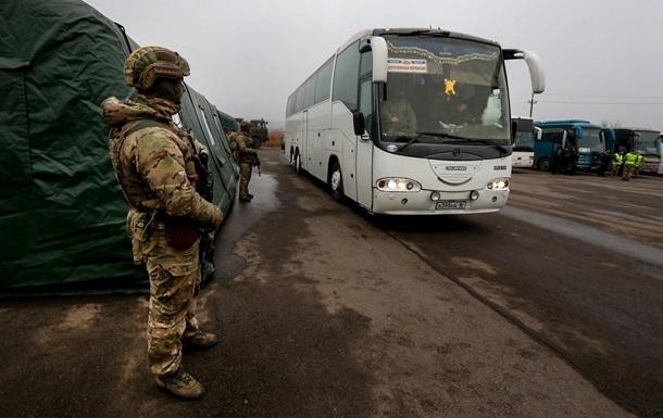 Обмен пленными: СМИ назвали часть выданных  ЛДНР
