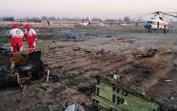Крушение самолета МАУ: основные версии происшедшего