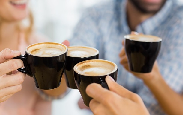 Кава допомагає впоратися із зайвою вагою після свят