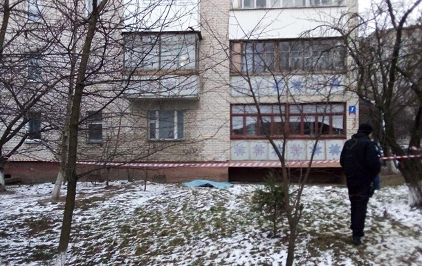 В Луцке две сестры выпали из окна на седьмом этаже