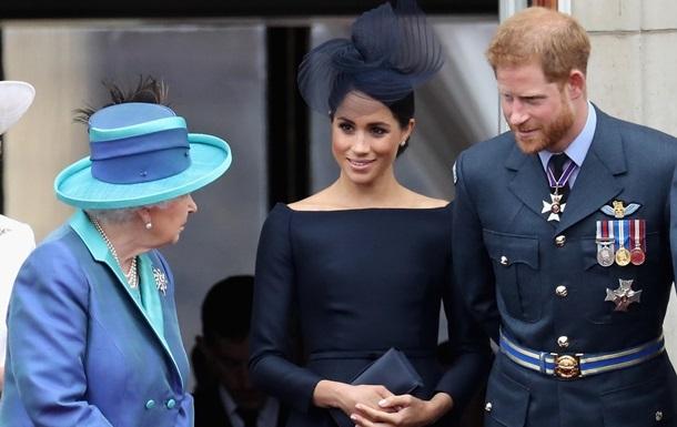 Появилась реакция Елизаветы II на сложение полномочий принцем Гарри