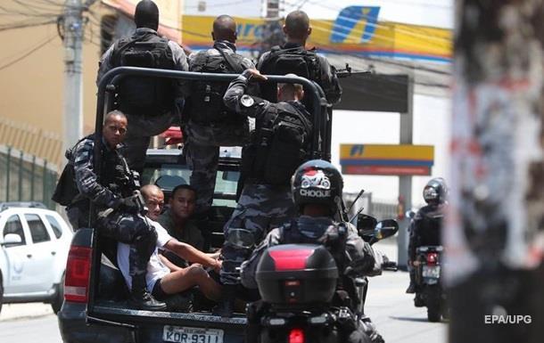 В Бразилии на парковке застрелили мэра города