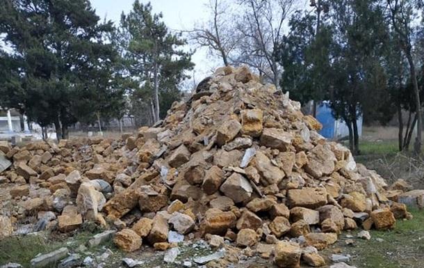 У Криму невідомі знесли пам ятник Леніну