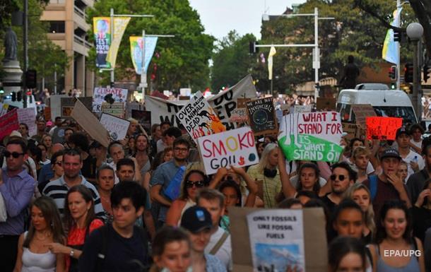 Жители Австралии вышли на протесты из-за пожаров