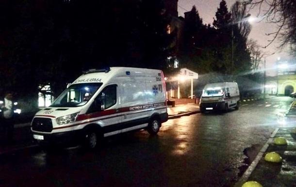 В Киев авиацией доставили 9 раненых военных