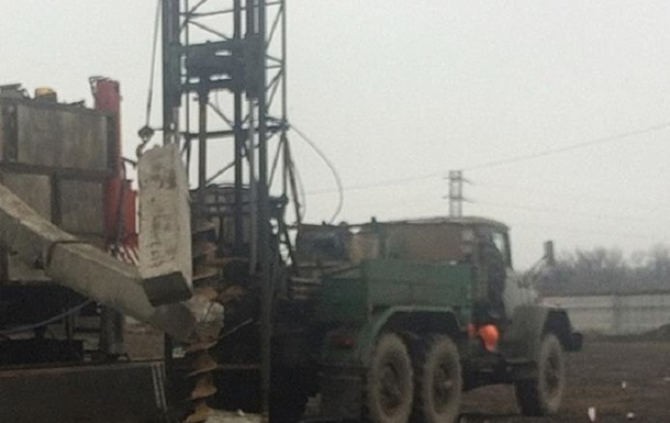 В Кропивницком двух мужчин раздавила бетонная конструкция