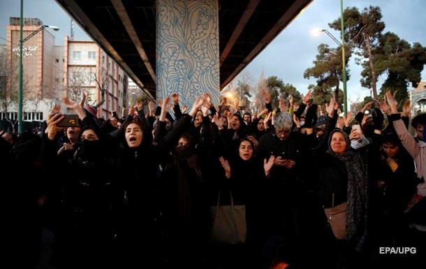 Посла Британии задержали на протестах в Тегеране − СМИ