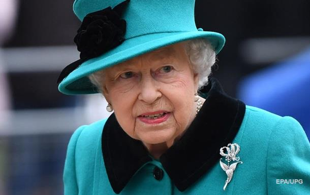 Елизавета II созвала встречу из-за решения принца Гарри и Меган Маркл