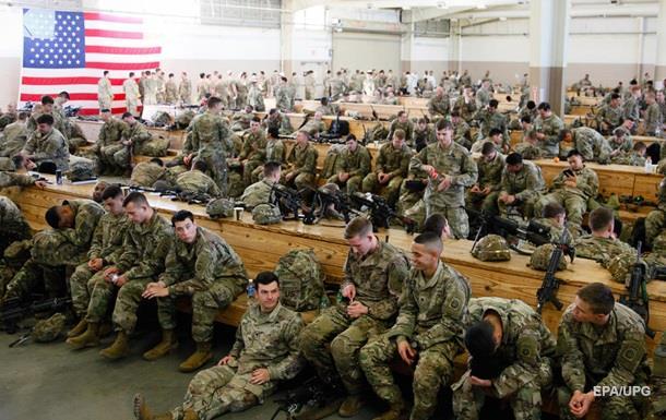 Военные США укрылись в убежищах перед ударом Ирана − СМИ