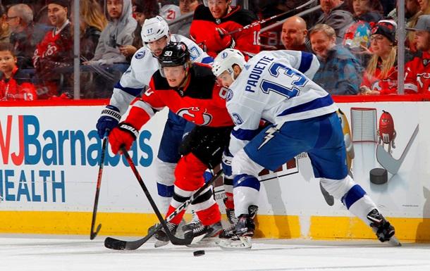 НХЛ: Нью-Джерси сильнее Тампы, Питтсбург обыграл Аризону