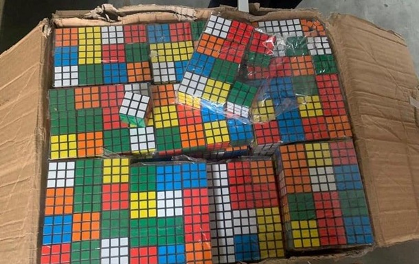В Одессе изъяли тысячи контрафактных кубиков Рубика