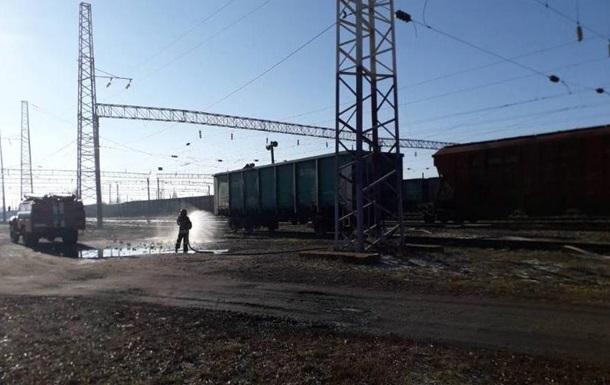 Вагон с 50 тоннами серы задымился на Одессчине