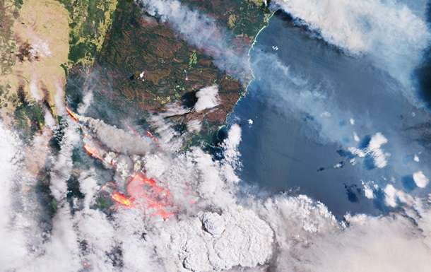 Масштабные пожары в Австралии показали с борта МКС