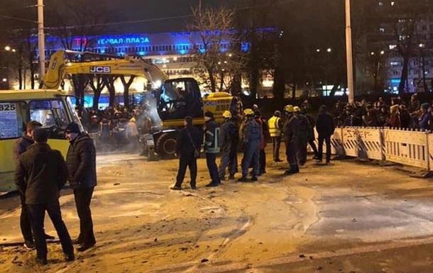 У КМДА прокоментували прорив труби в Києві