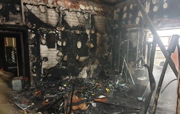 Под Мариуполем сгорела база медиков-волонтеров
