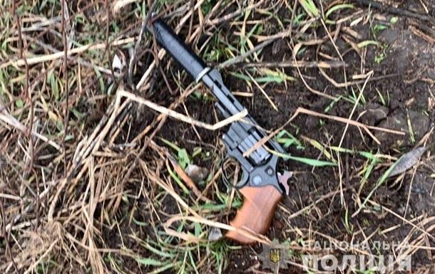 У Білій Церкві чоловік з револьвером напав на копів