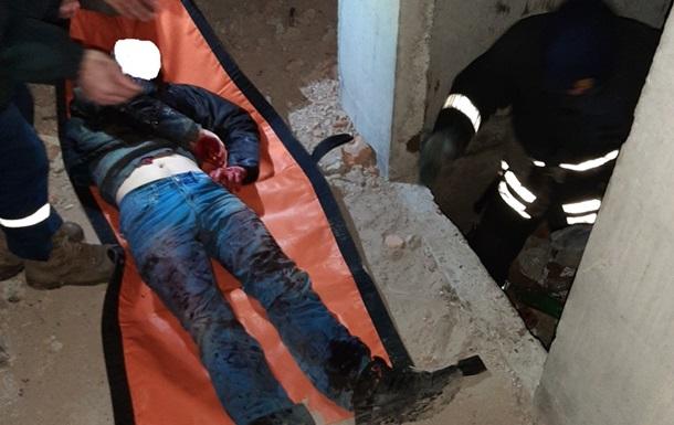 В Кропивницком молодой мужчина упал в шахту лифта