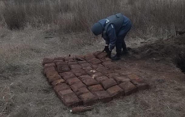 Пиротехники ГСЧС за сутки уничтожили более 60 боеприпасов