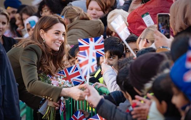 Кейт Миддлтон впервые вышла в свет после королевского скандала