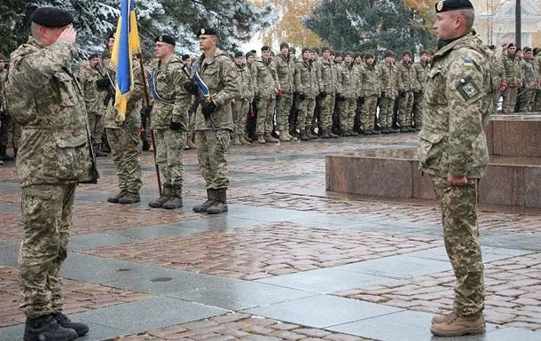 Украинцы снова пойдут в армию с 18 лет
