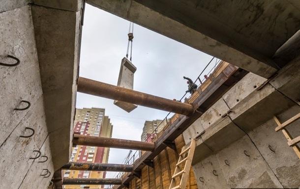В Киеве запуск метро на Виноградарь отложили на год